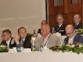 15 Uprostred ministr vnitra pan Chovanec ...